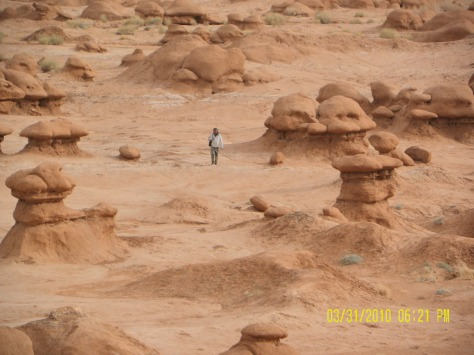 Goblin Valley - Size Reference to Adult Walking