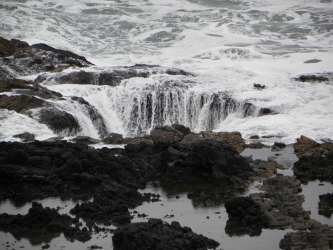 Thor's Well Waterfall