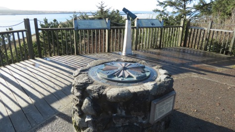 Yaquina Bay Observation Deck at Parking Lot